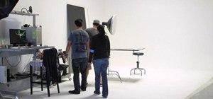 Create a one light set up for fashion and beauty shots