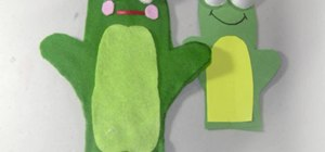 Craft felt frog puppets with your kids