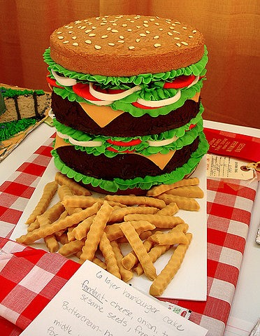 Looks Like Burger ~ Tastes Like Cake