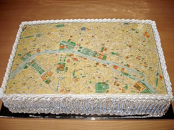 Beautiful Map-of-Paris Cake