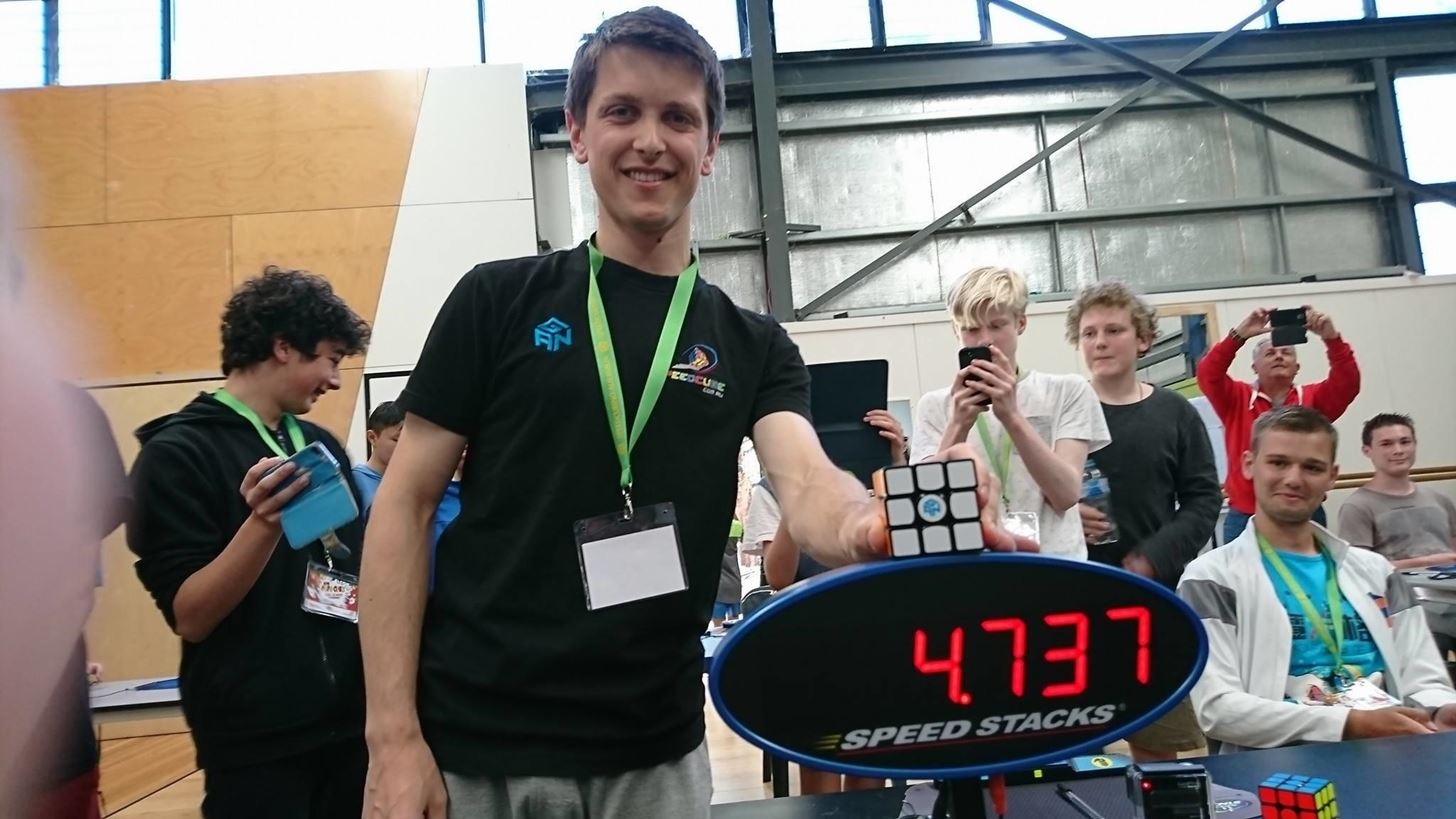 Rubiks Cube World Record Broken After Just 5 Weeks With Stunning 4.373 Time From Feliks Zemdegs