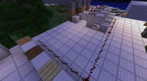 Use Analog Redstone Signals to Control Your Machines with the Goldilocks Gate