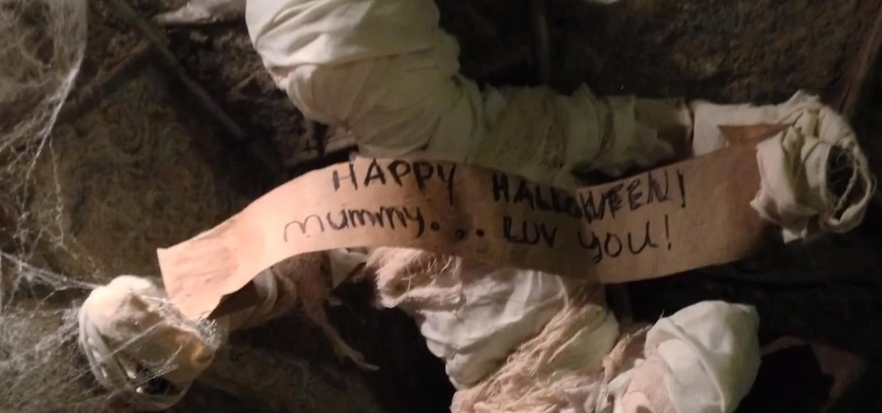 How to Make a Mummified Halloween Prop