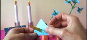 Fold an origami star flower for beginners