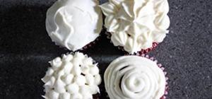 Simple & Delicious Cream Cheese Frosting