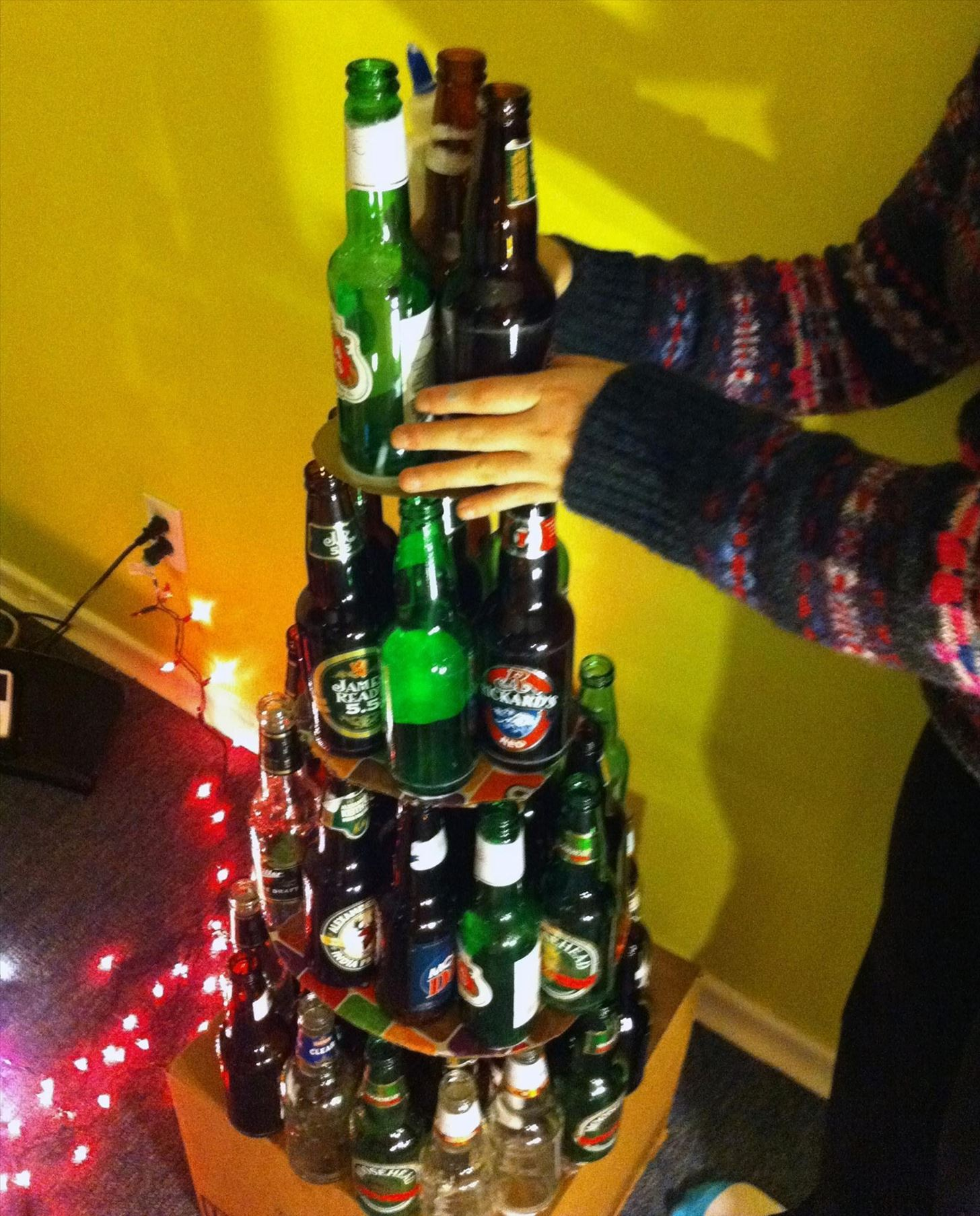 Don't Like Traditional Christmas Trees? Try Out One of These 7 Festive DIY Alternatives