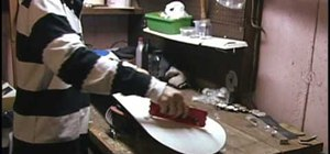 Wax a snowboard in two minutes
