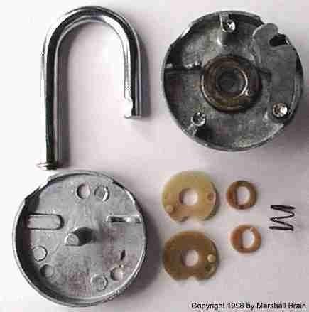 How to Unlock Any Master Lock Combination Padlock