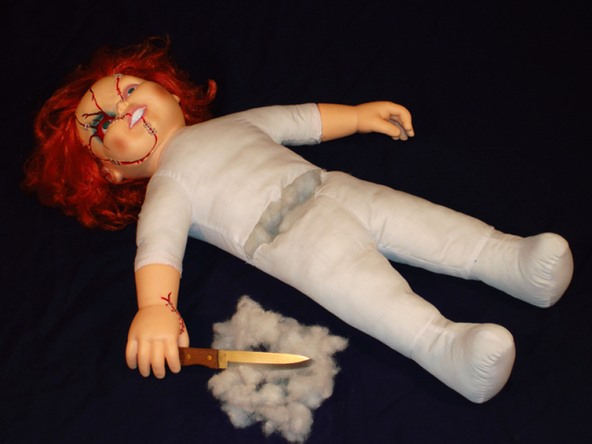 HowTo: Insanely Creepy Mini Electric Chair Tortures Chucky