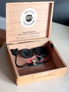 """craft homemade digital music box with cheap mp3 player.w240 Sweet and cute college girl Hannah amateur webcam videos   """"Let`s dance ..."""