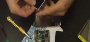 Repair a broken iPod LCD screen