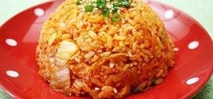 Make fried kimchi rice