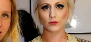 Create a hairstyle and makeup look inspired by Twiggy