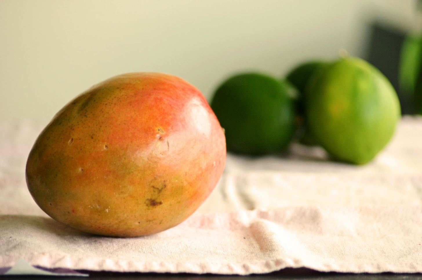 The Best Way to Peel a Mango