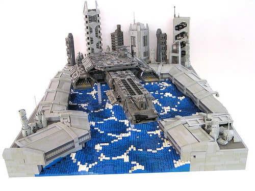 16-Year-Old Builds Wicked LEGO Star Wars Diorama