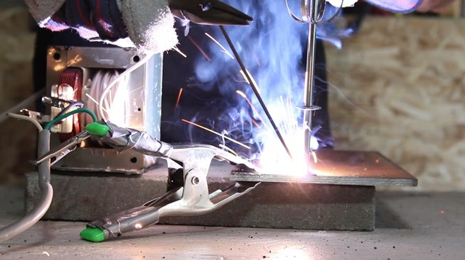 How To Make An Ac Arc Welder Using Parts From An Old