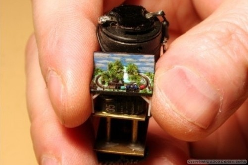 1:35,000 Scale: World's Absolute Tiniest Working Model Train