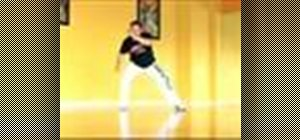 Do basic capoeira moves in Brazilian martial arts