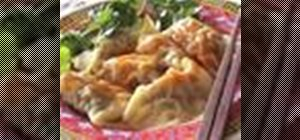 Make pork and shrimp Chinese dumplings