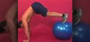 Exercise with the jack knife and pushup on ball