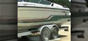 Clean a boat with a pressure washer