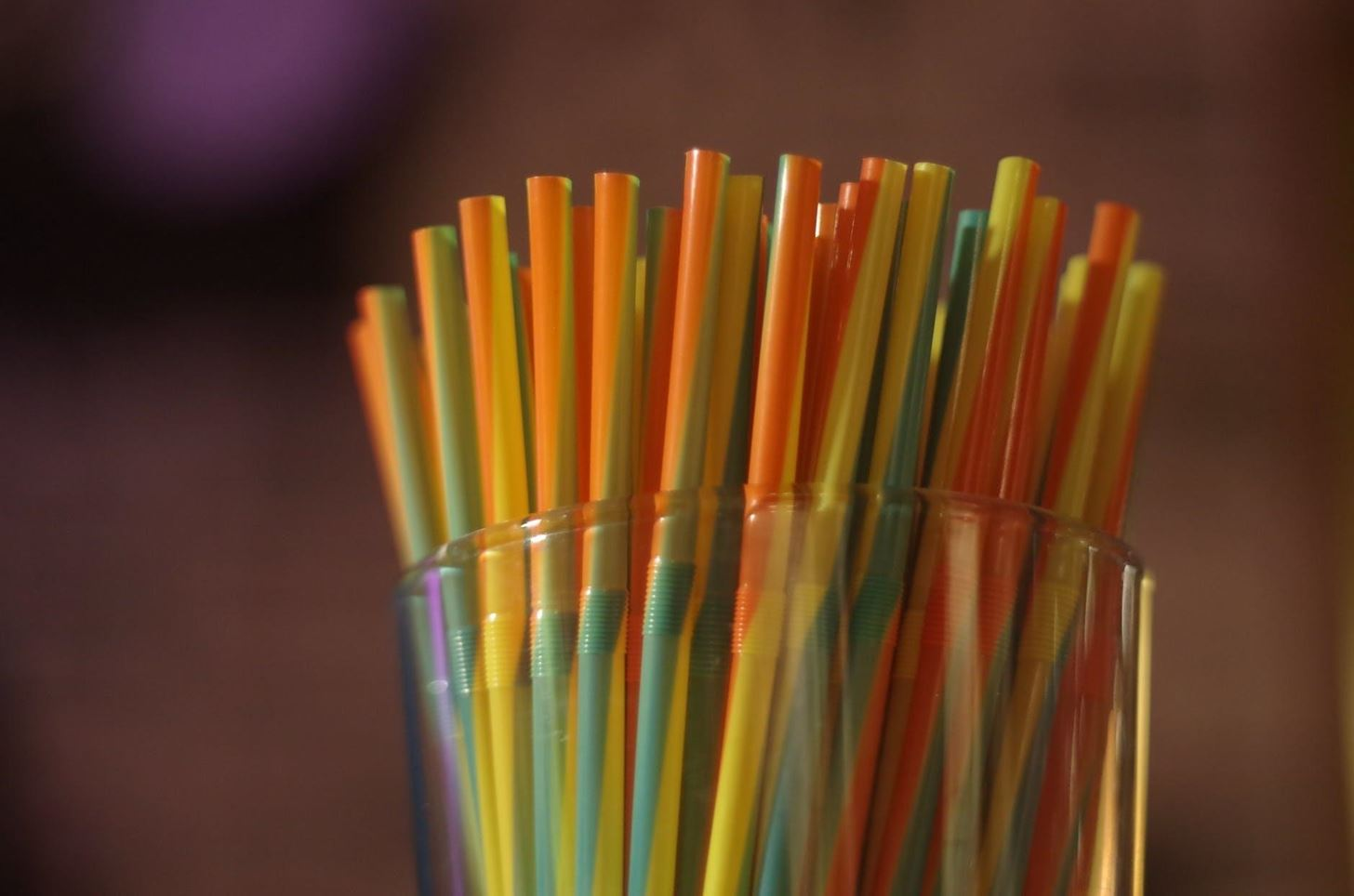 How to Be Eco-Friendly When Buying Disposable Cutlery?