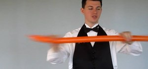 Make a three-fold, one-twist balloon sword
