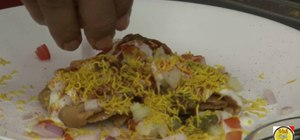 Make spicy Indian papdi chaat