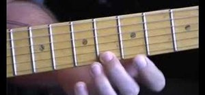 Play vibrato for blues style electric guitar