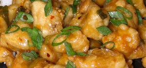 Make spicy, traditional Chinese orange chicken