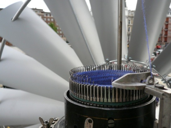 Hands-Off Knitting Machine Powered by Wind