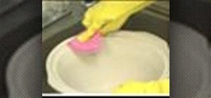 Clean a crockpot