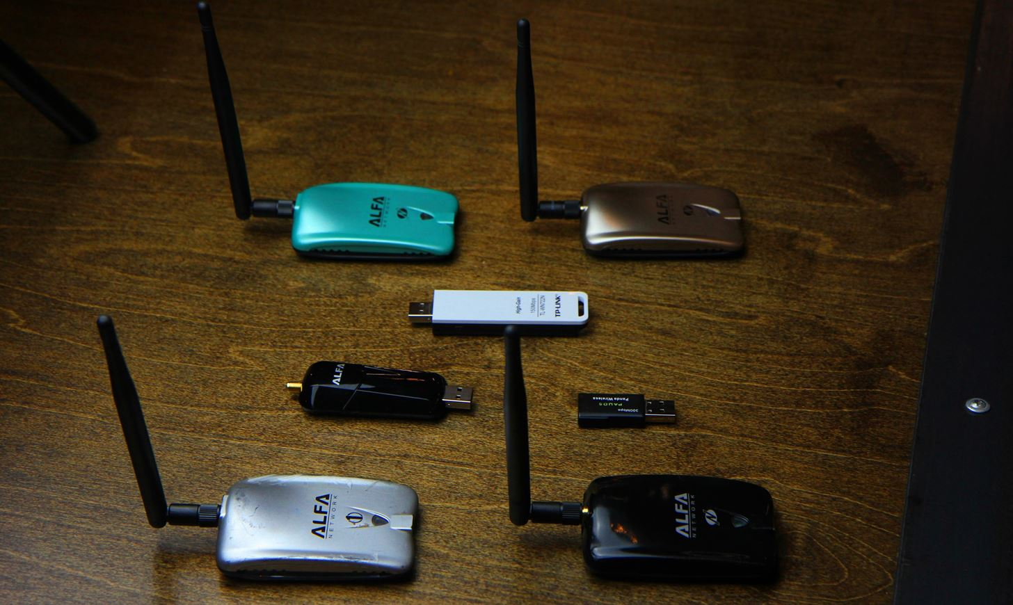 Buy the Best Wireless Network Adapter for Wi-Fi Hacking in 2017