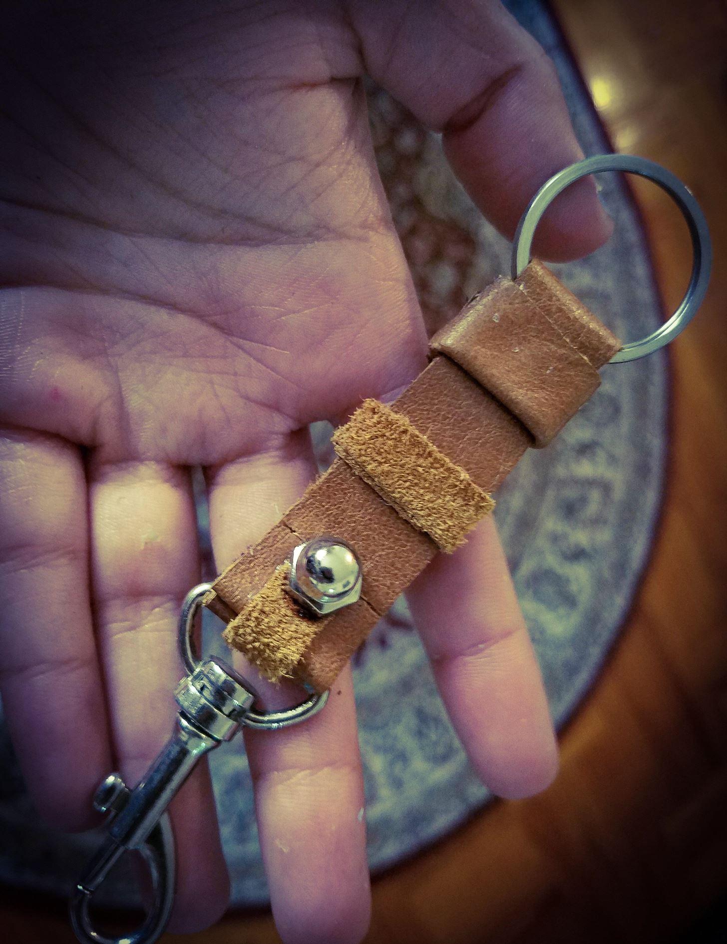 Leather Key Holder for Men DIY