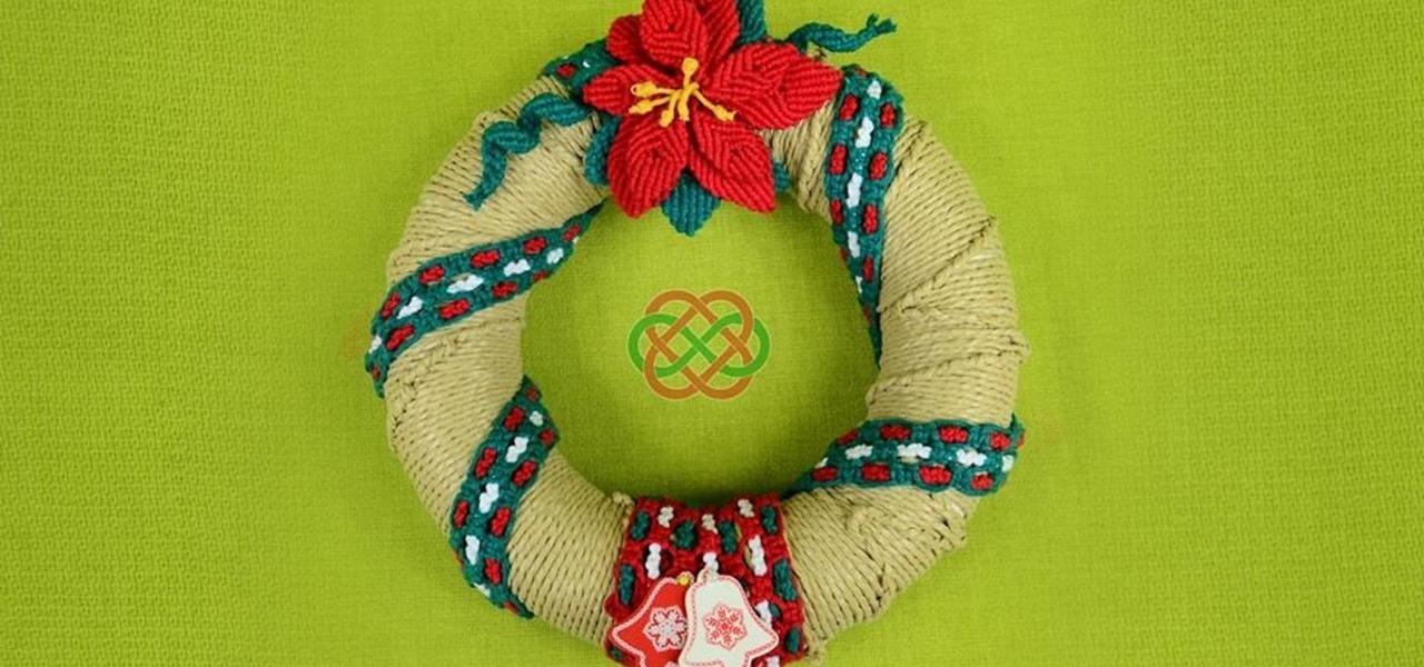Make a Christmas Wreath in Macrame Style