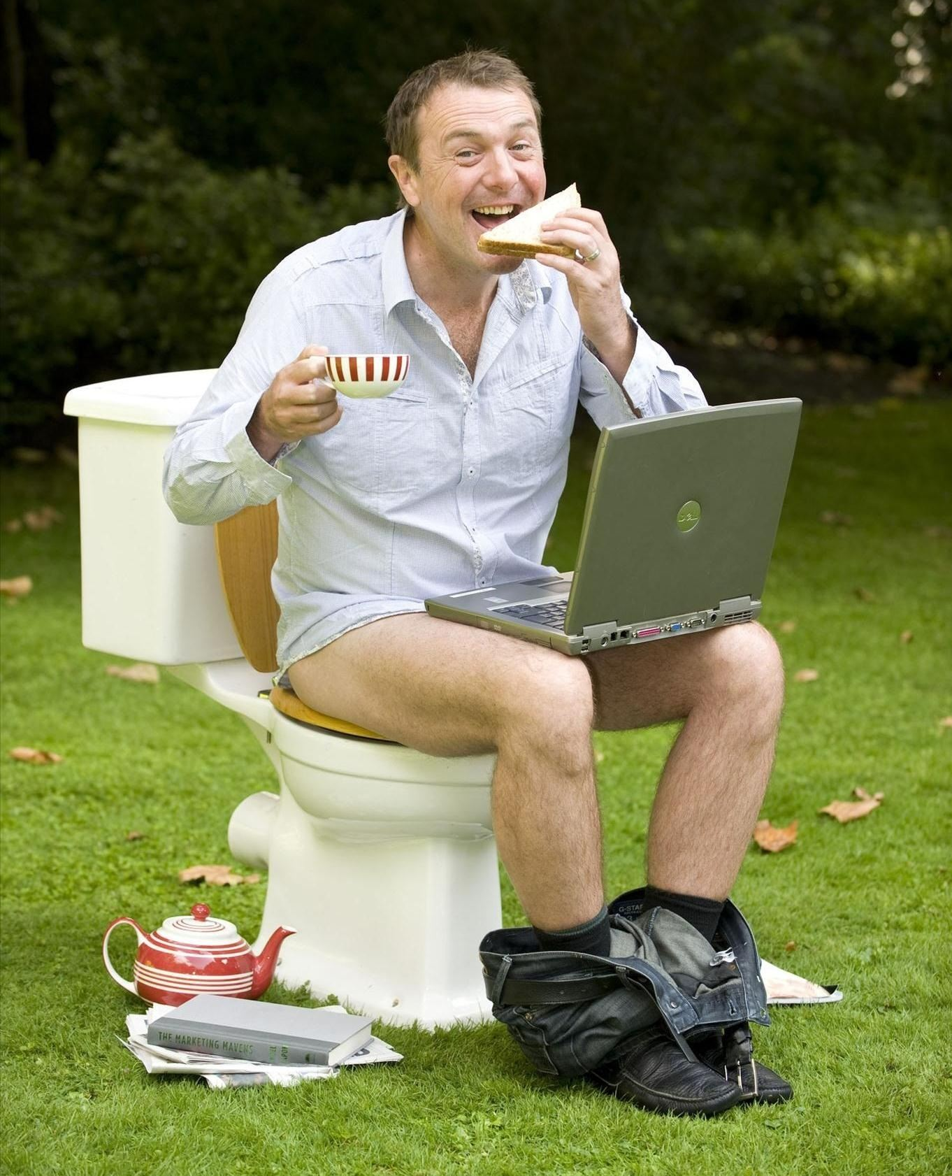 Health Alert: You're Taking a Crap Wrong! This Is How You Poop Properly