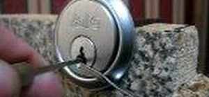 Detect security pins when picking locks