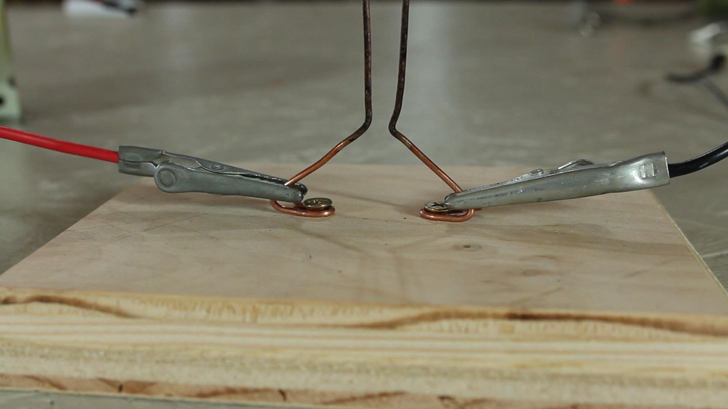 How to Make a Lethal Traveling Arc of Electricity with a MOT-Powered Jacob's Ladder