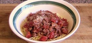 Make a quick & easy spaghetti bolognese