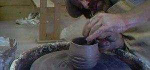 Make criss cross textured tea bowls with Simon Leach