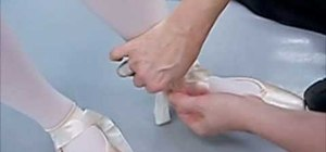 Tie your pointe shoes