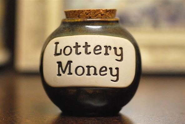 chances of hitting the lottery