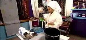 Make a gentle dog shampoo with Raven-Symone