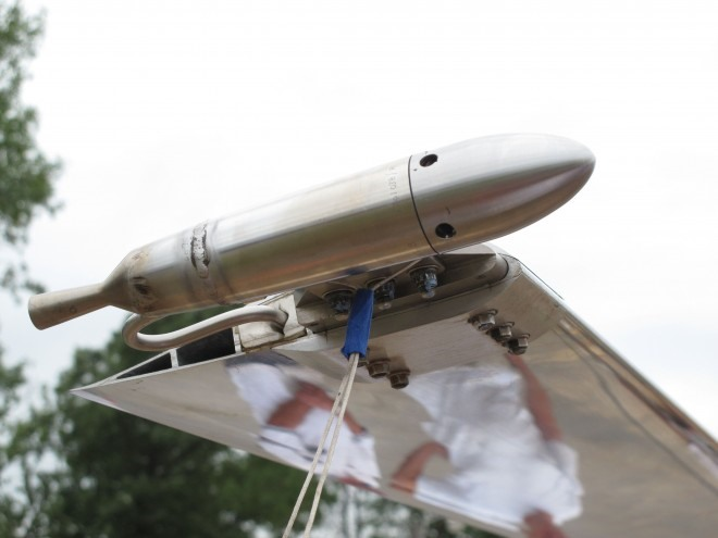 Rocket-Powered Helicopter Drinks Hair Bleach, Emits Water