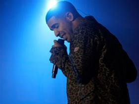 "Drake Premieres New Song: ""Fireworks"""