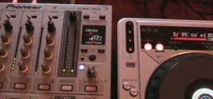 Use the crush feature on a DJM-700 mixer