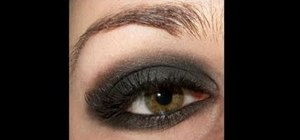 "Create Taylor Momsen's punk rock ""Pretty Reckless"" makeup look"