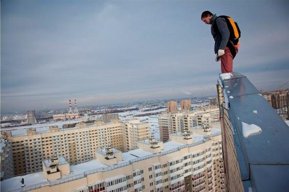 B.A.S.E. Jumping Off Buildings in Russia—Slavs Got the Crazy Adrenaline Bug