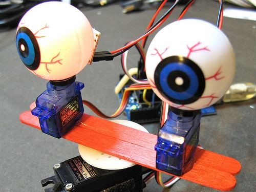 Hack Together Creepy Arduino Shifty-Eyeballs For Halloween