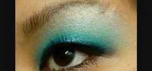 Apply a smoky blue mermaid eye look for Asian monolids